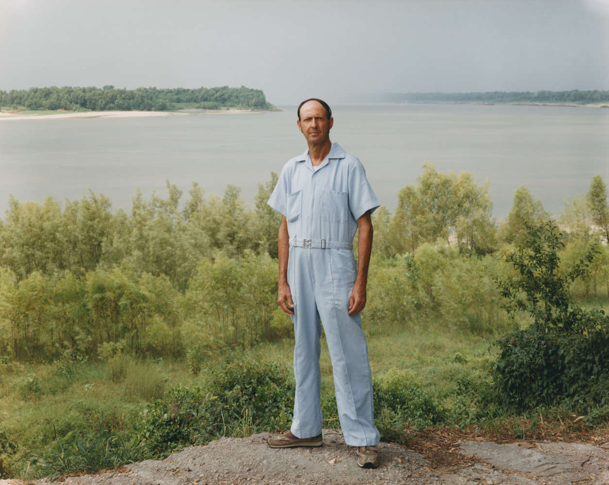 Joel Sternfeld, 'A Man on the Banks of the Mississippi, Baton Rouge, Louisiana, August 1985', 1985