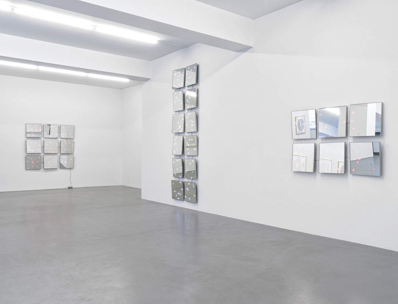 Tatsuo Miyajima, Installation view, Buchmann Galerie, 2017