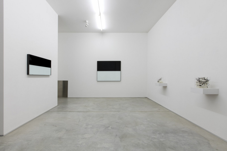 Véronique Arnold, Alberto Garutti, 'New installation', Installation view, Buchmann Lugano, 2017