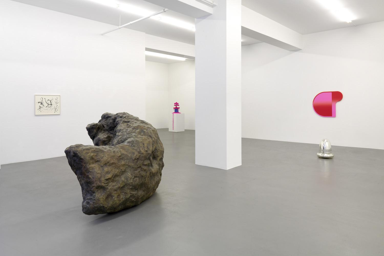 'More than meets the eye – Greg Bogin, Wolfgang Laib, Klaus Mosettig, Bettina Pousttchi, Gerda Steiner & Jörg Lenzlinger, William Tucker', Installation view, Buchmann Galerie