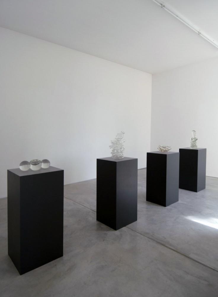 Tony Cragg, 'Sculture in vetro e in pietra', Installation view, Buchmann Galerie Agra / Lugano