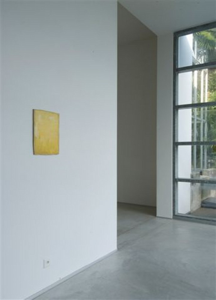 Lawrence Carroll, 'Lawrence Carroll_Yellow works – Wilhelm Mundt_Yellow Murano glass scultpures', Installation view