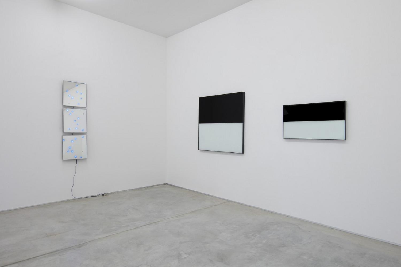 Alberto Garutti, Tatsuo Miyajima, Installation view, Buchmann Lugano, 2018