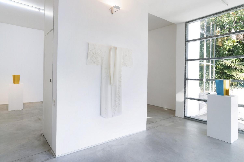 Véronique Arnold, Alberto Garutti, Installation view, Buchmann Lugano, 2017