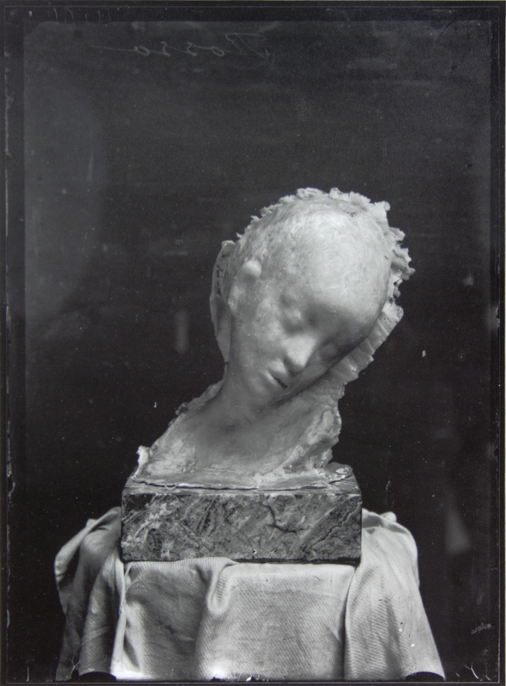 Medardo Rosso, 'L'Enfant malade da poco terminato', 1898